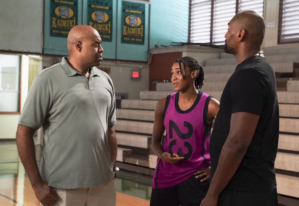 (v.l.n.r.) Lou Grover (Chi McBride); Siobhan (Nia Holloway); Metta World Peace (Metta World Peace) - Bildquelle: Karen Neal 2019 CBS Broadcasting, Inc. All Rights Reserved. / Karen Neal