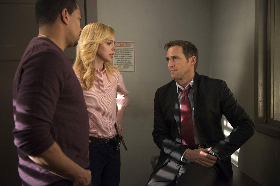 Ein neuer Mordfall beschäftigt Billy (Laz Alonso, l.), Frankie (Meg Steedle, M.) und Jake (Josh Lucas, r.) ... - Bildquelle: Warner Bros. Entertainment, Inc.