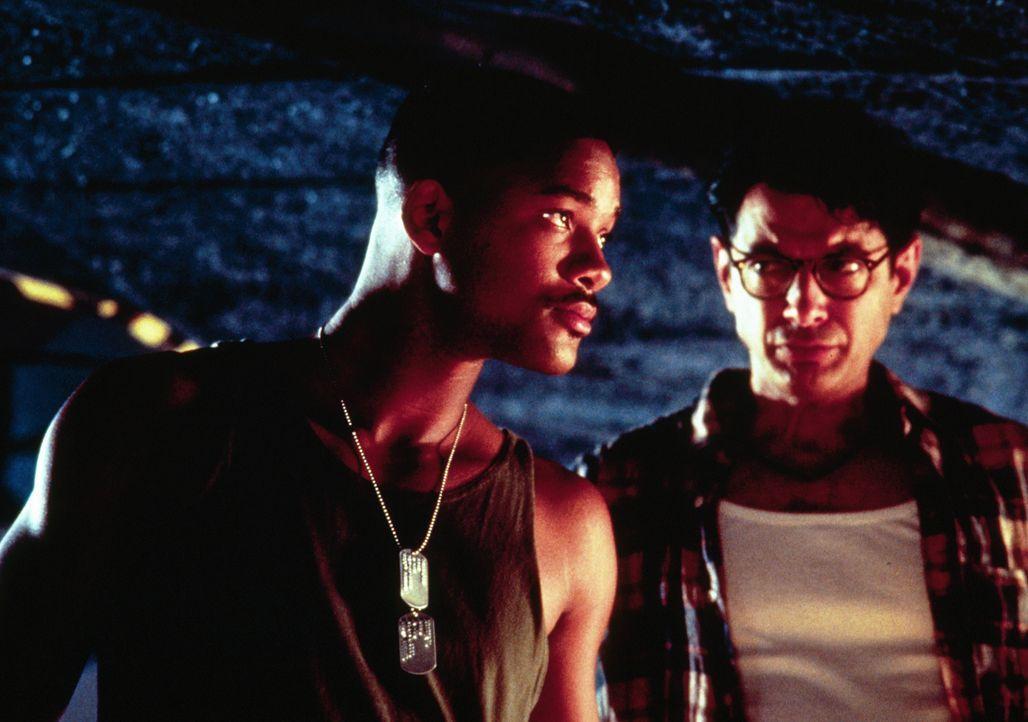 Steven Hiller (Will Smith, l.); David Levinson (Jeff Goldblum, r.) - Bildquelle: 1996 Twentieth Century Fox Film Corporation.  All rights reserved.