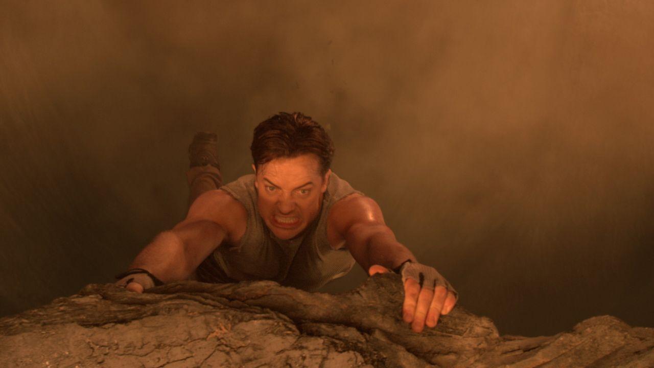 Während einer wissenschaftlichen Expedition auf Island gerät Professor Trevor Anderson (Brendan Fraser) versehentlich in eine Höhle, aus der es n... - Bildquelle: Warner Bros.