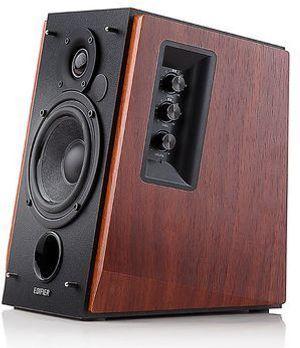Edifier R1700BT vereint Retro-Look mit 2.0-Sound