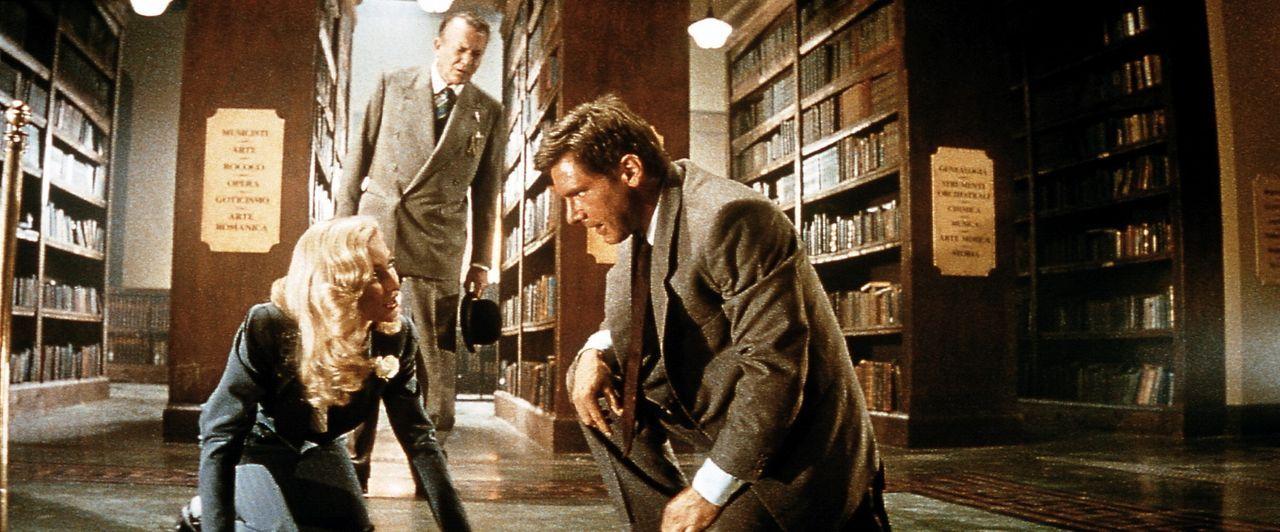 In der Bibliothek in Venedig, einer alten Kirche, wurde Indys Vater zum letzten Mal gesehen, bevor er verschwand und nur einen Zettel mit römischen... - Bildquelle: Paramount Pictures