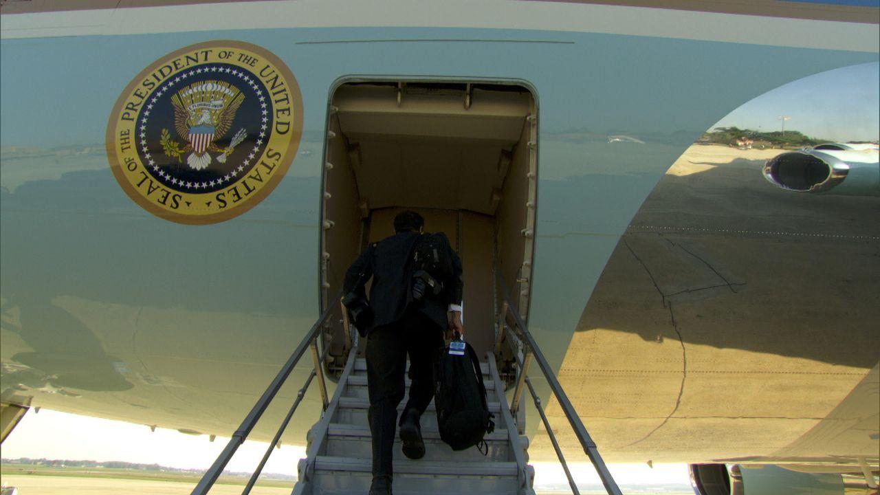 Pete Souza, Fotograf des Weißen Hauses, auf dem Weg in die Air Force One ... - Bildquelle: Erin Harvey National Geographic Television International