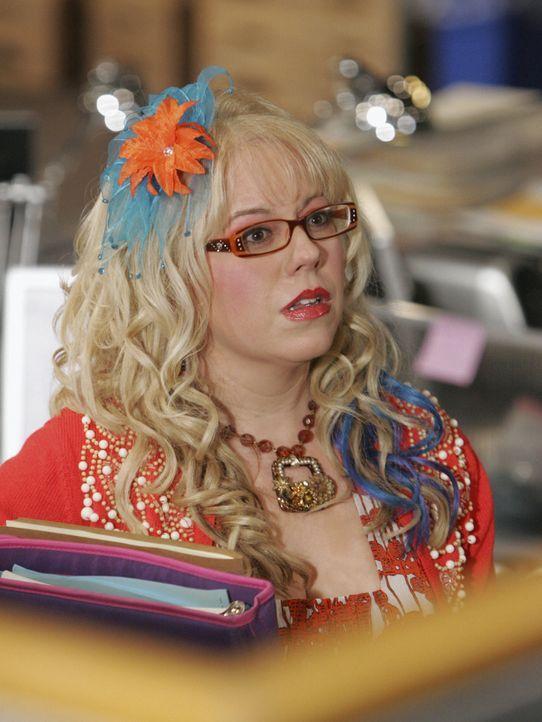 Nachdem Penelope (Kirsten Vangsness) den BAU-Leuten gesagt hat, dass sich Rossi sehr merkwürdig benommen hat, als nachts bei ihr zu Hause aufgetauc... - Bildquelle: Touchstone Television