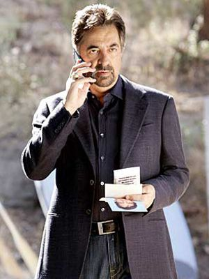 criminal-minds-abseits-d-strasse-02-300_400_Touchstone_Television