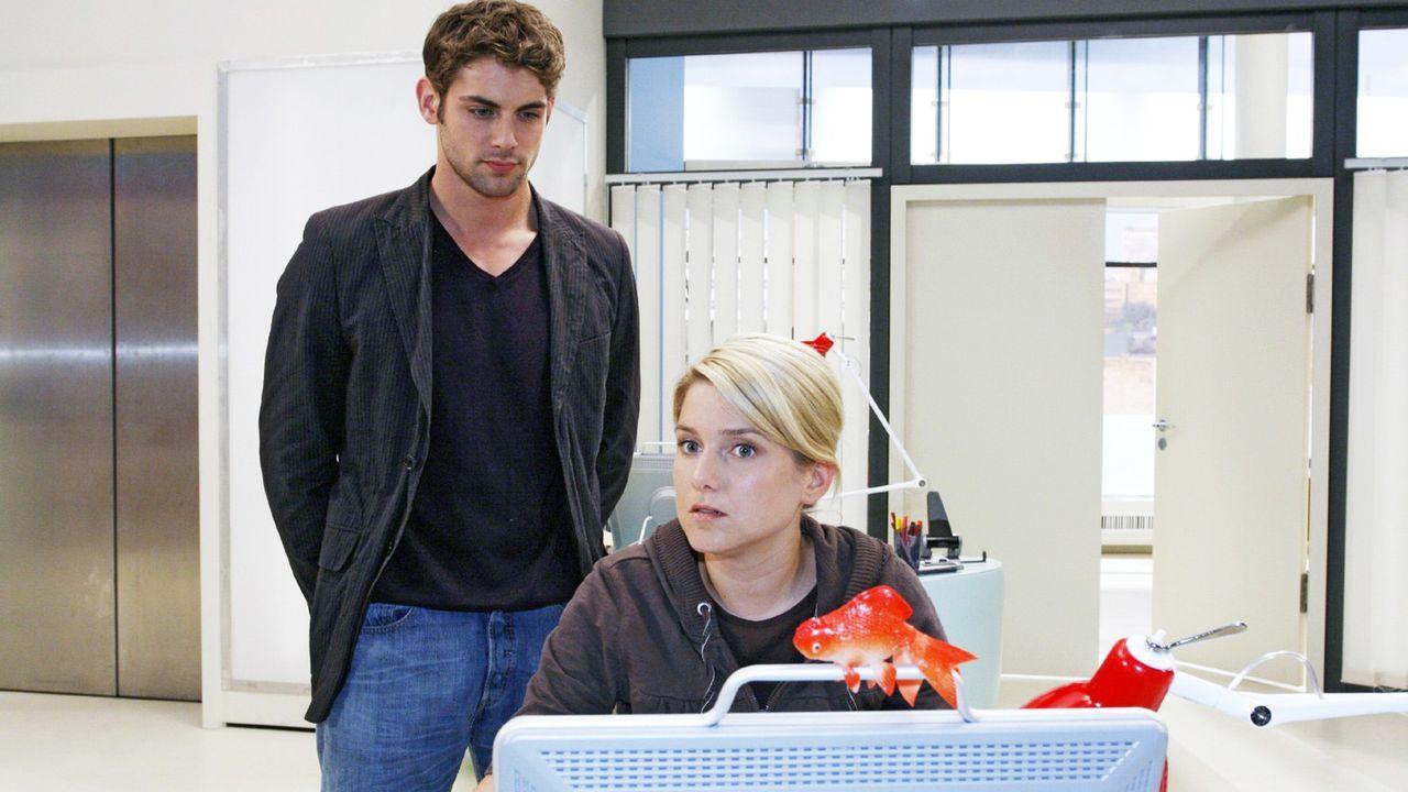 Anna-und-die-Liebe-Folge-49-01-sat-1-noreen-flynn - Bildquelle: SAT.1/Noreen Flynn