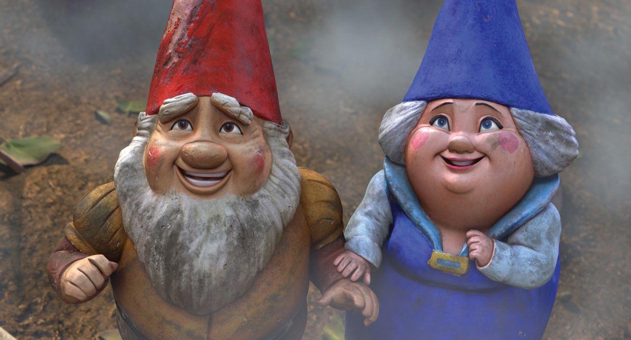 Werden die verfeindeten Zwergenoberhäupter Graf Zinnoberrot (l.) und Gräfin Blaublut (r.) das Kriegsbeil für ihre verliebten Kinder Gnomeo und Julie... - Bildquelle: Touchstone Pictures,   Miramax Film NY, LLC. All rights reserved