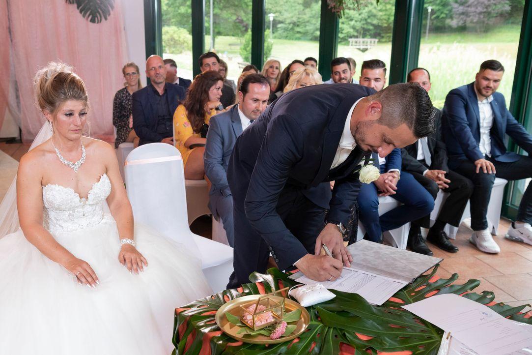 Samantha und Serkan: Die Hochzeit4 - Bildquelle: SAT.1 / Christoph Assmann
