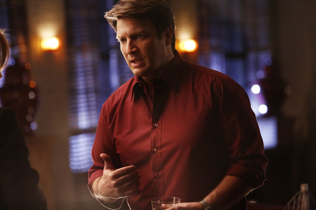 Als ein Schmuggler von türkischen Kunstschätzen umgebracht wird, untersuchen Castle (Nathan Fillion) und Beckett den Fall. Interessant wird es für d... - Bildquelle: Nicole Wilder 2016 American Broadcasting Companies, Inc. All rights reserved.