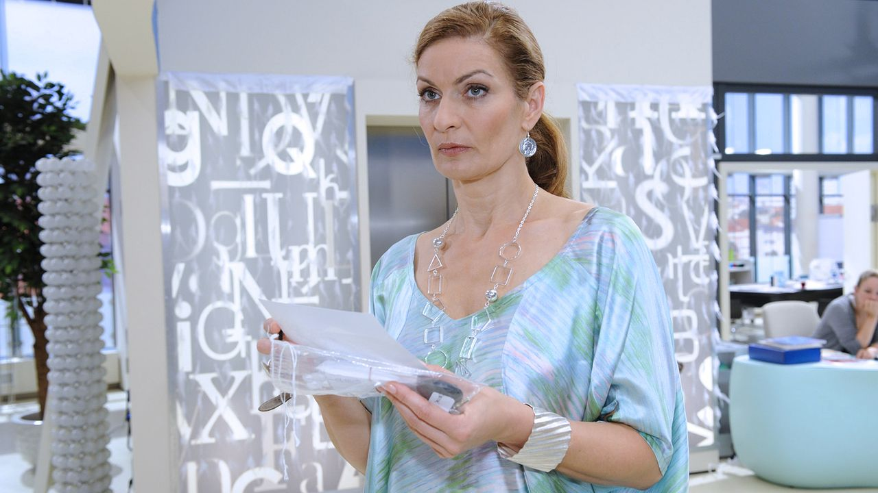 Anna-und-die-Liebe-Folge-327-01-Sat1-Claudius-Pflug - Bildquelle: SAT.1/Claudius Pflug
