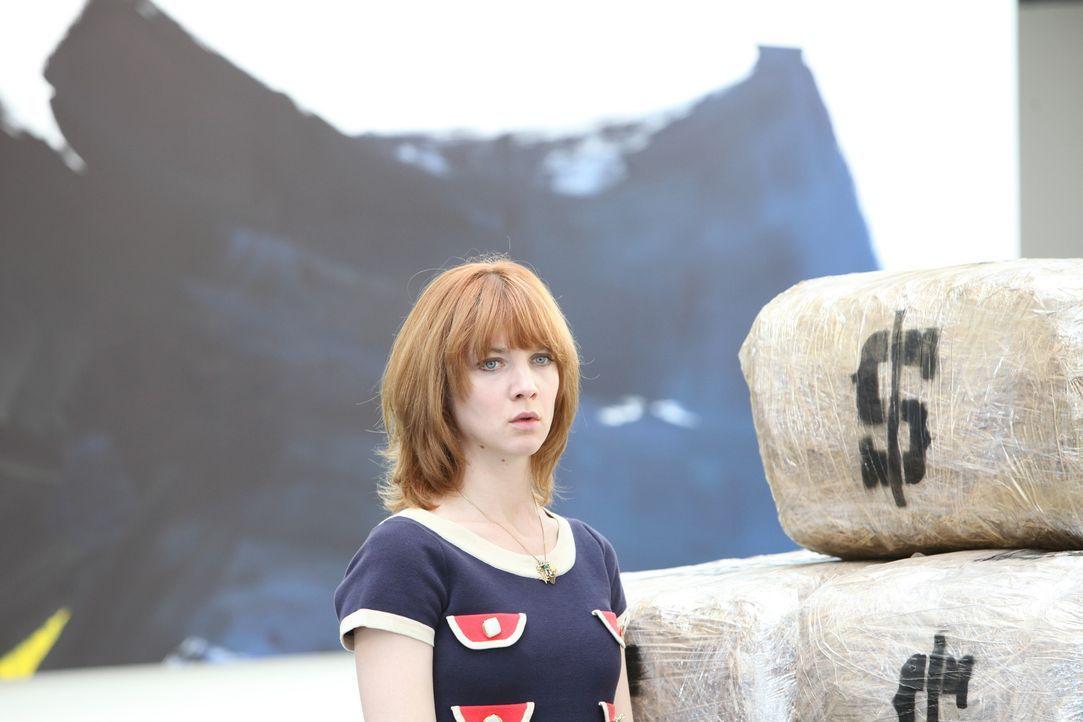 Als eine Fotografin erdrosselt in ihrem Loft aufgefunden wird, muss Chloé (Odile Vuillemin) ihr Bestes geben, um den Mörder zu finden ... - Bildquelle: Xavier Cantat 2011 BEAUBOURG AUDIOVISUEL
