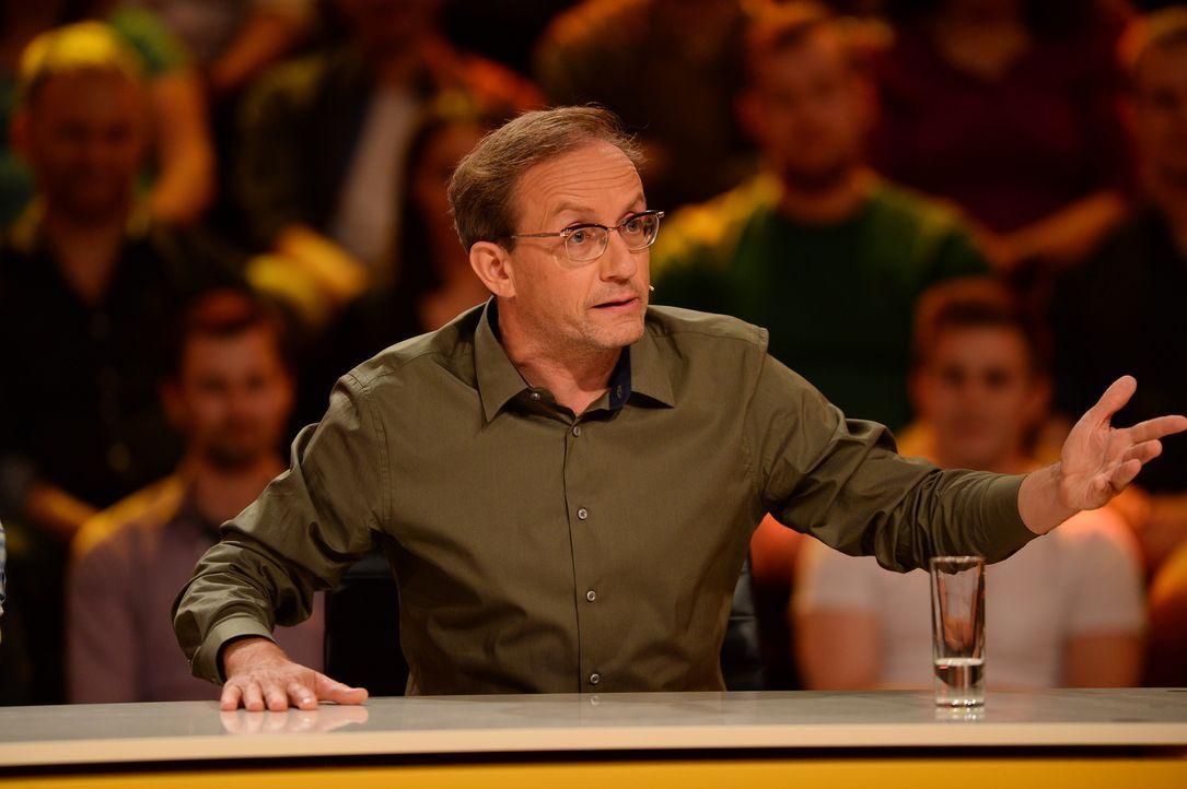 """Hat Wigald Boning auf jede Frage eine """"geniale"""" Antwort? - Bildquelle: Willi Weber SAT.1"""