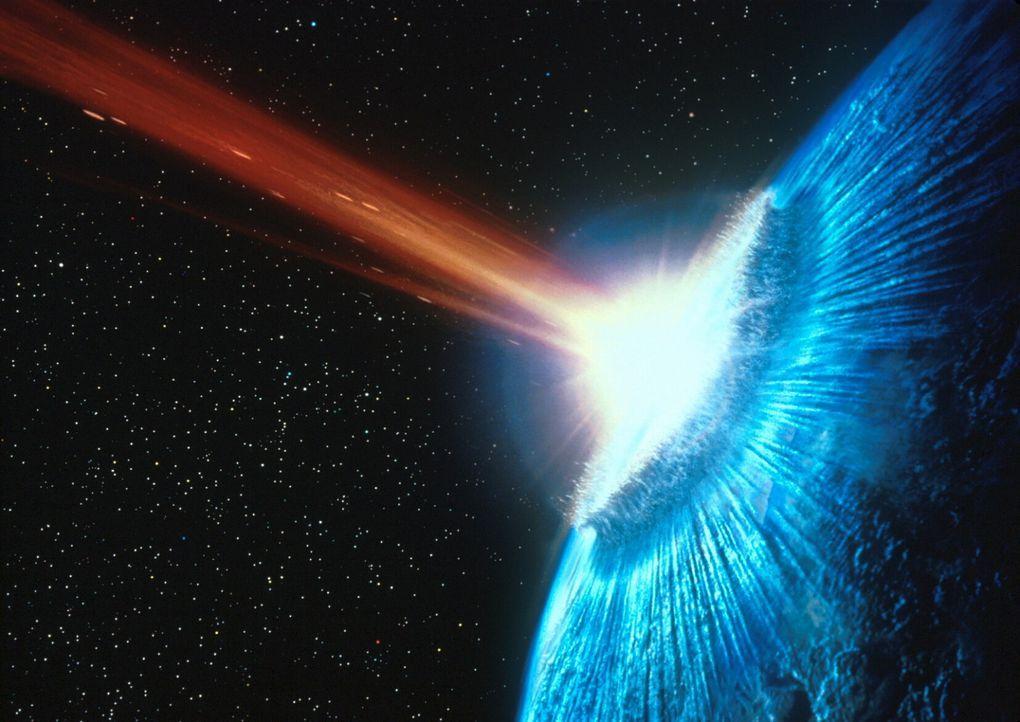 Teile des gespaltenen Kometen kollidieren mit der Erde und lösen eine gewaltige Flutwelle aus ... - Bildquelle: TM+  1998 DreamWorks L.L.C. and Paramount Pictures All Rights Reserved
