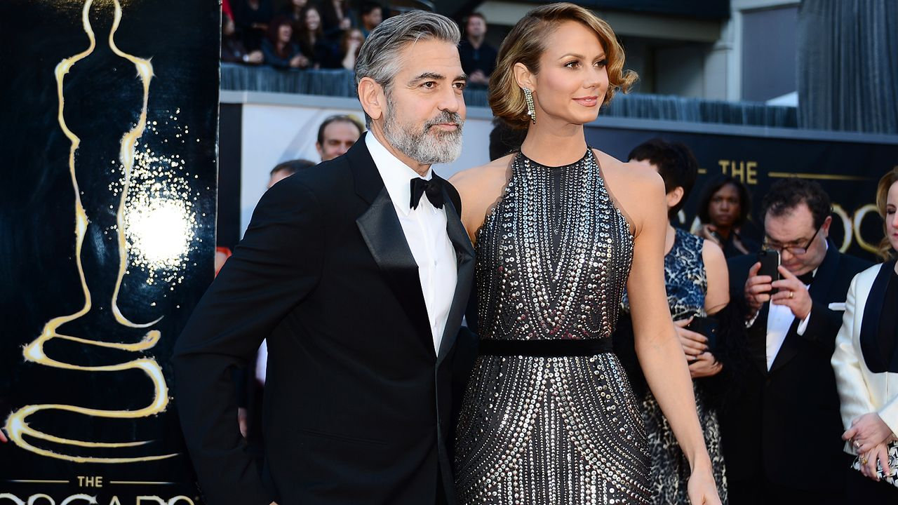 Oscars-Roter-Teppich-130224-George-Clooney-Stacy-Keibler-AFP - Bildquelle: AFP