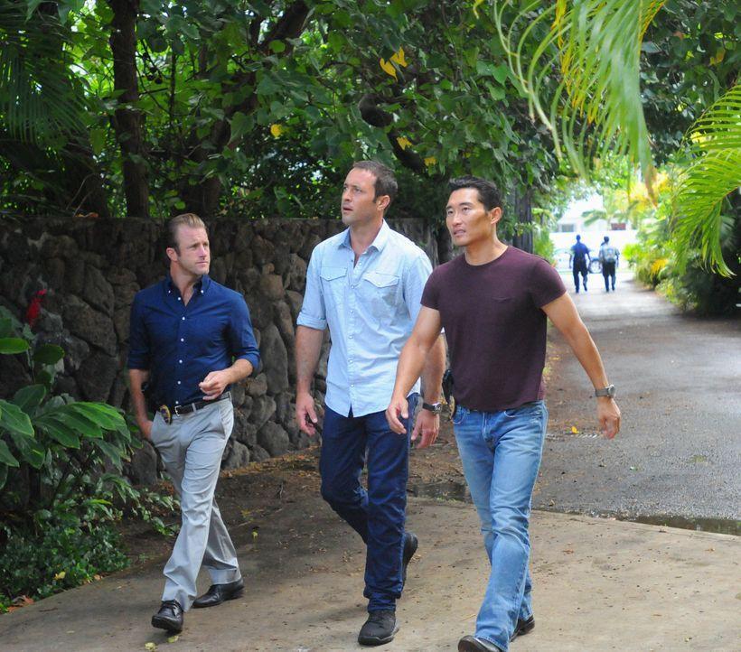 Ermitteln in einem neuen Mordfall: Steve (Alex O'Loughlin, M.), Danny (Scott Caan, l.) und Chin (Daniel Dae Kim, r.) ... - Bildquelle: 2013 CBS BROADCASTING INC. All Rights Reserved.