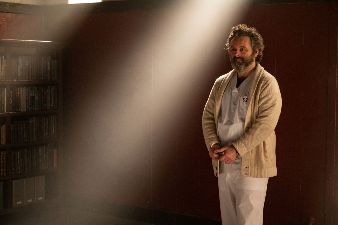 Dr. Martin Whitly (Michael Sheen) - Bildquelle: 2020 Warner Bros. Entertainment Inc. All Rights Reserved.