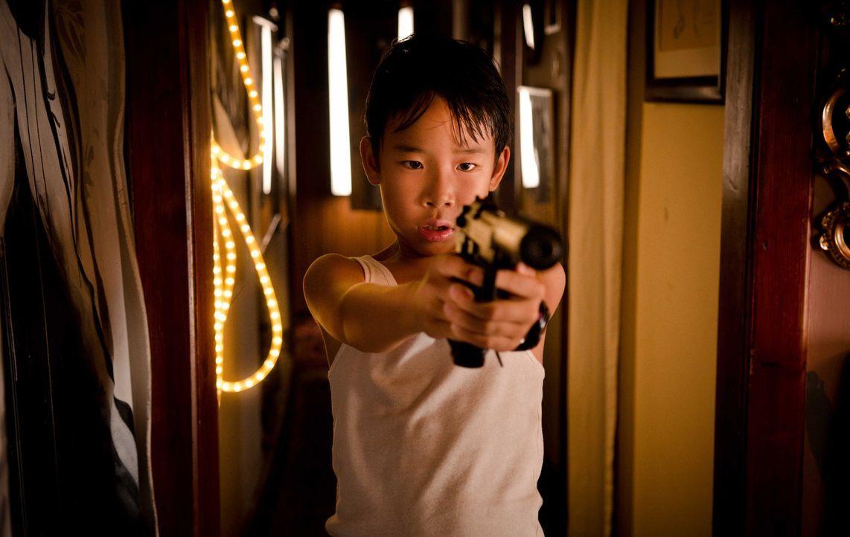 Soll getötet werden, weil er zwei Polizisten beim Morden überrascht hat: Doch der kleine Tao (Kevin Fang) weiß sich durchaus zu wehren ... - Bildquelle: Silvia Zeitlinger SAT.1