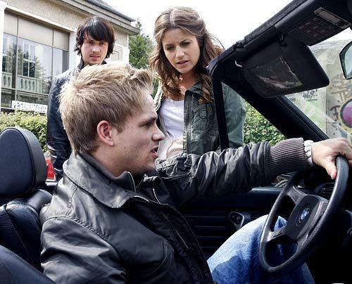 Was passiert zwischen Ben, Ronnie und Bea? - Bildquelle: Noreen Flynn - Sat1