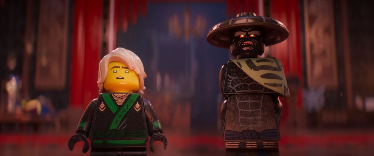 Lloyd (l.); Garmadon (r.) - Bildquelle: 2017 Warner Bros. Entertainment Inc. and Ratpac-Dune Entertainment LC. LEGO, the LEGO logo, the Minifigure and NINJAGO are © & TM of the LEGO Group.