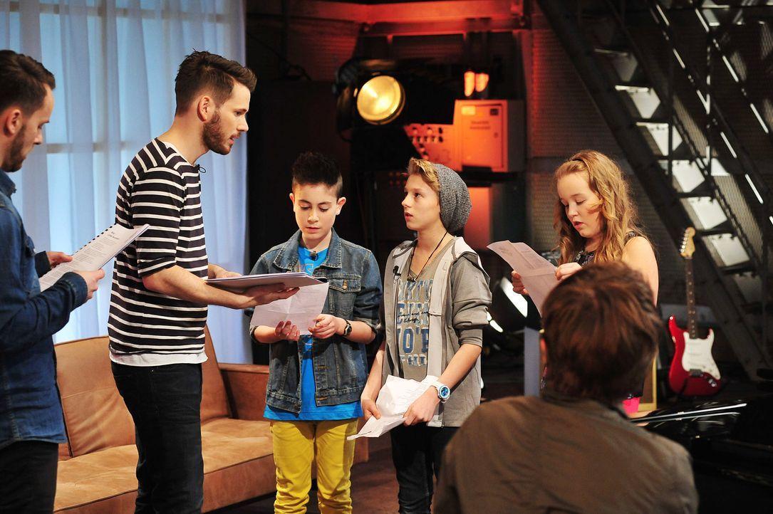 The-Voice-Kids-Stf02-Epi07-Vanessa-Joel-Leif-9-SAT1-Andre-Kowalski - Bildquelle: SAT.1/Andre Kowalski