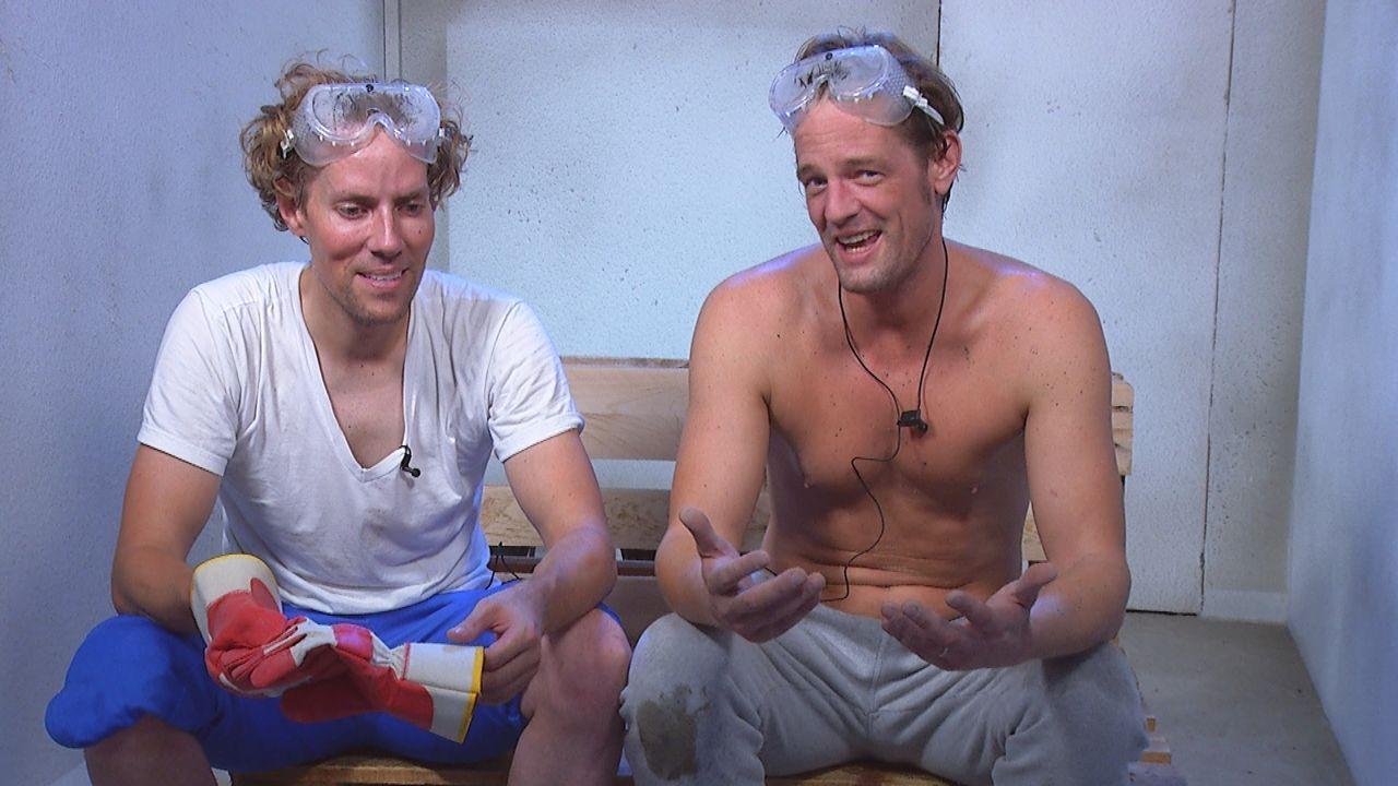 Jens und Steffen im Sprechzimmer - Bildquelle: SAT.1