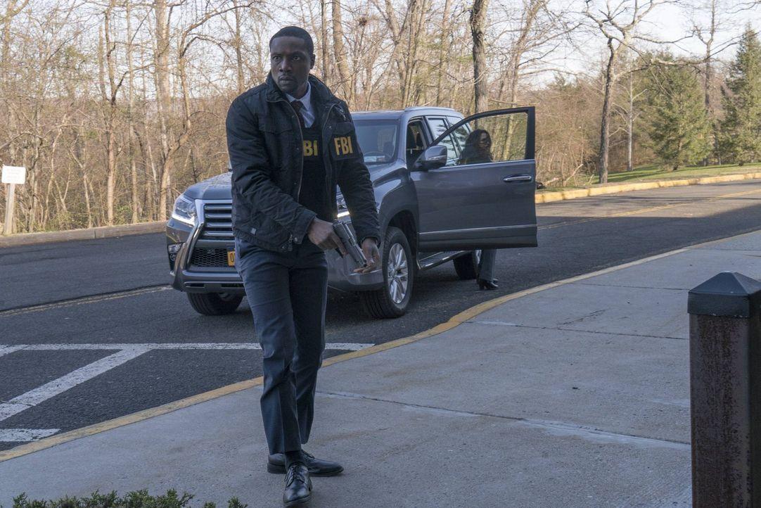 Auf der Jagd nach Baby-Händlern ahnt Reade (Rob Brown) nicht, dass er der suspendierten Mayfair einen tödlichen Bärendienst erwiesen hat ... - Bildquelle: Warner Brothers