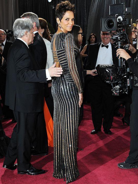 Oscars-Roter-Teppich-130224-Halle-Berry-AFP - Bildquelle: AFP