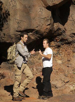 Unternehmen einen Wanderausflug in die Berge, der völlig anders endet als geplant: Steve (Alex O'Loughlin, l.) und Danny (Scott Caan) ...  - Bildquelle: CBS Studios