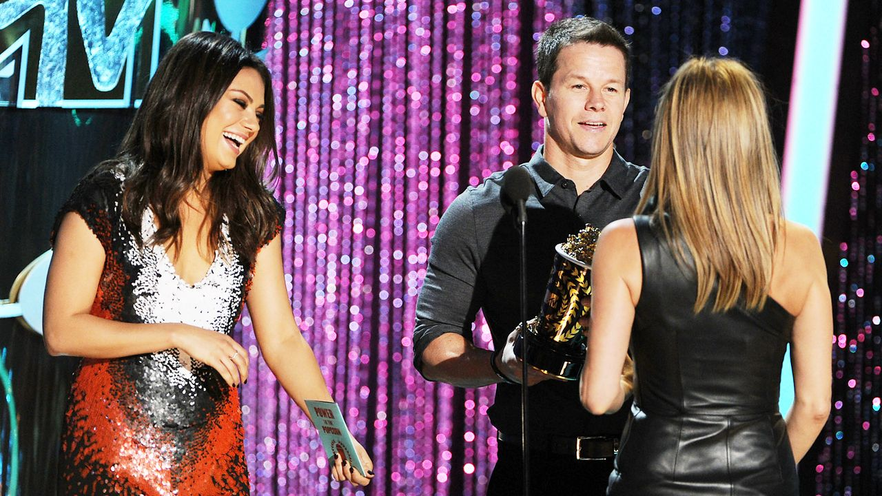 mtv-movie-awards-Mila-Kunis-Mark-Wahlberg-12-06-03-getty-AFP - Bildquelle: getty-AFP