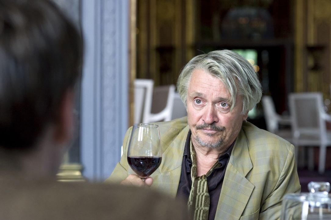 Eines Tages steht plötzlich der abgehalfterte Alkoholiker Jacky (Henry Hübchen) vor David - der wahre Autor ... - Bildquelle: Warner Brothers