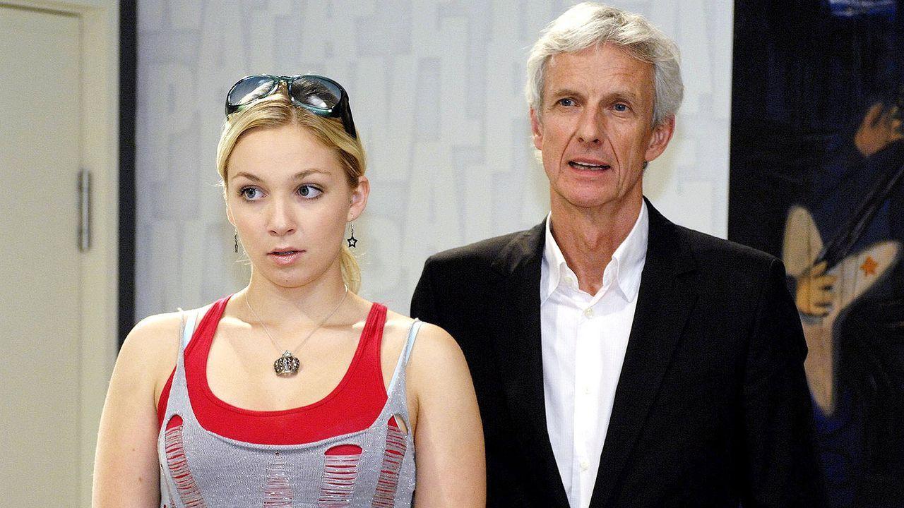 Anna-und-die-Liebe-Folge-39-07-sat1-oliver-ziebe - Bildquelle: SAT.1/Oliver Ziebe
