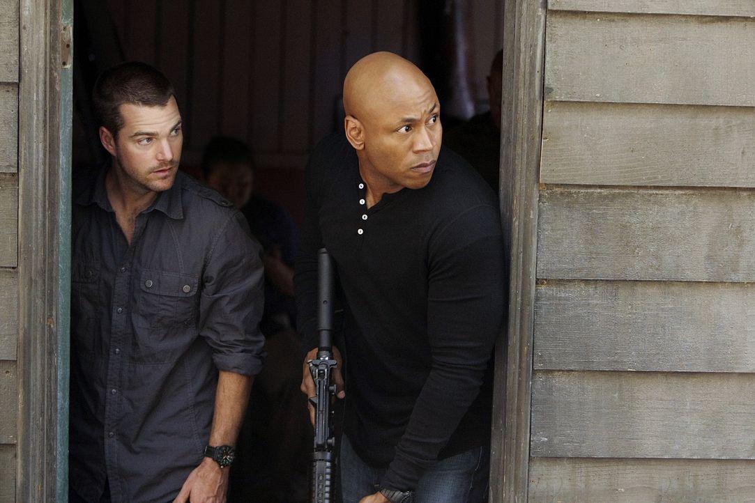 Sam und Callen: Nur zwei Typen mit Knarren - Bildquelle: CBS Studios Inc. All Rights Reserved.