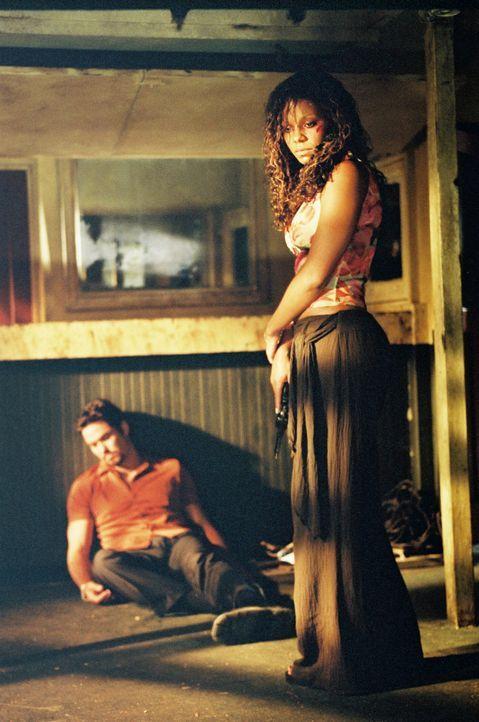 Des Rätsels Lösung: Ann (Sanaa Lathan, r.) und Chris (Dean Cain, l.) ... - Bildquelle: Metro-Goldwyn-Mayer Studios Inc. All Rights Reserved.