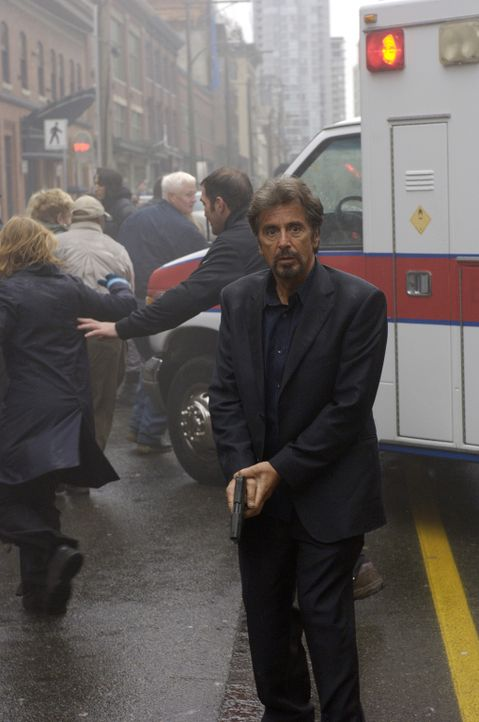 Im Wettlauf gegen die Zeit: Jack Gramm (Al Pacino) ... - Bildquelle: Nu Image