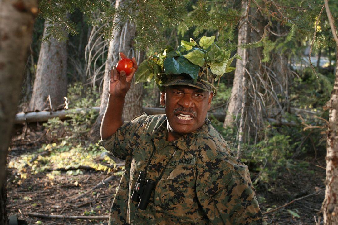 Ein General weiß, was er will: Buck Hinton (Richard Gant) geht bis an seine Grenzen, um die Kinder auf Vordermann zu bringen, damit sie den Wettkam... - Bildquelle: Sony 2007 CPT Holdings, Inc.  All Rights Reserved.