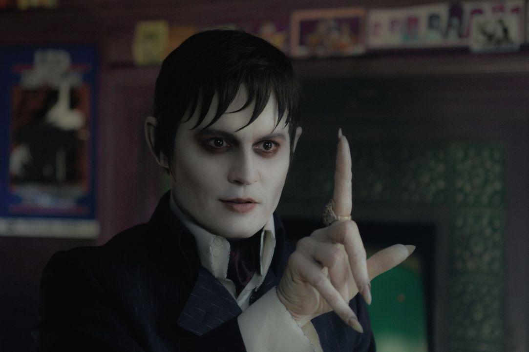 Barnabas Collins (Johnny Depp) - Bildquelle: 2018 Warner Bros. Entertainment, Inc.