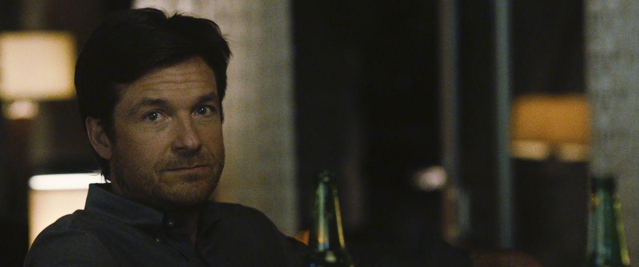 Die dunkle Vergangenheit, die Simon (Jason Bateman) mit sich trägt, holt ihn langsam ein und gefährdet seine Beziehung zu Robyn ... - Bildquelle: STX Entertainment 2015 STX Productions, LLC. All rights reserved.