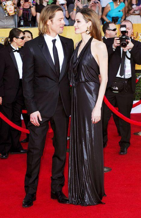 Schauspieler Angelina Jolie und Brad Pitt bei den Screen Actors Guild Awards (SAG)  - Bildquelle: Apega/WENN.com