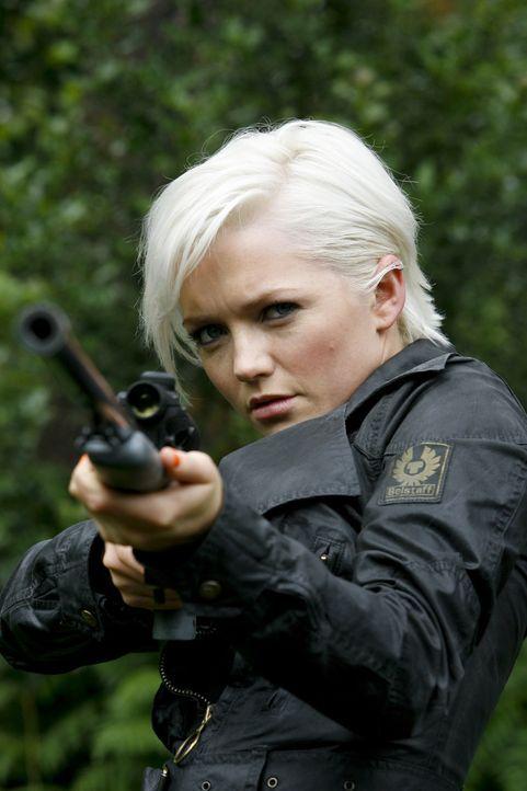 Versucht, Cutter vor dem Säbelzahntiger zu retten: Abby (Hannah Spearritt) ... - Bildquelle: ITV Plc