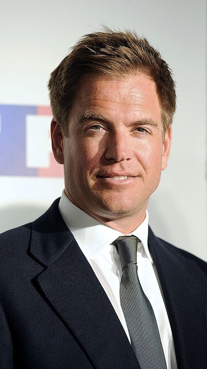 michael-weatherly-10-06-10-graue-krawatte-AFP - Bildquelle: AFP