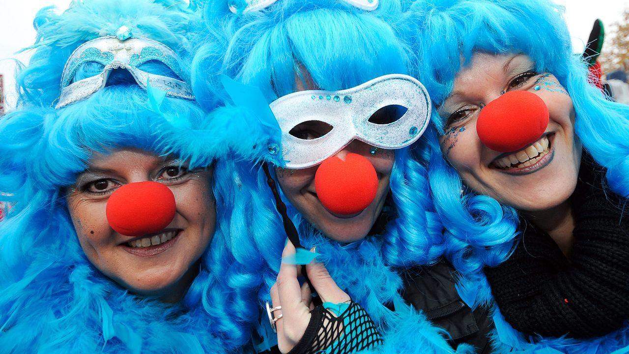 karneval-fasching-kostuem-bunt-11-11-11-dpa
