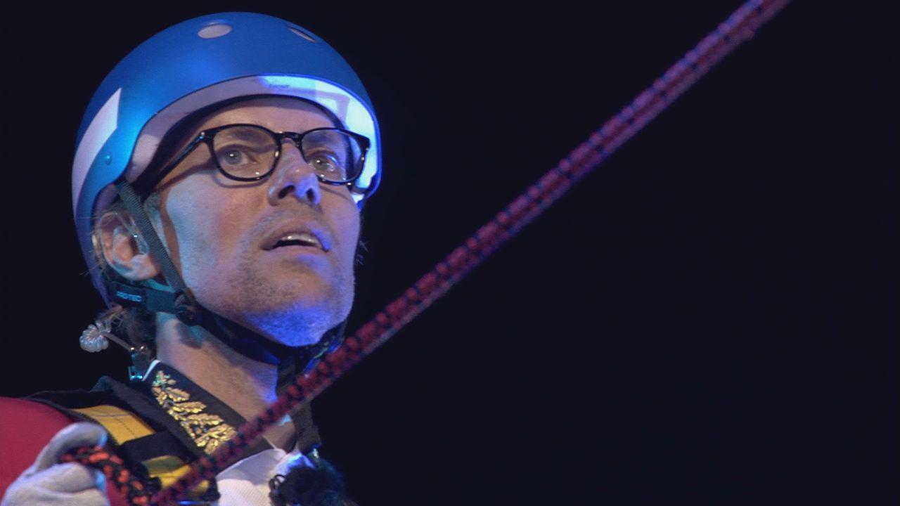Jens muss sich beim Duell abermals seiner Höhenangst stellen - Bildquelle: SAT.1