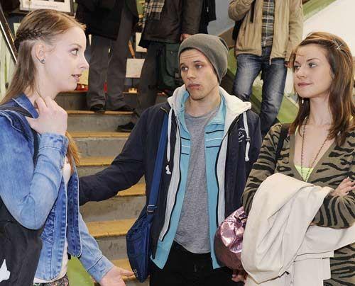 Was ist nur bei Lara, Bodo und Jenny los? - Bildquelle: Christoph Assmann - Sat1