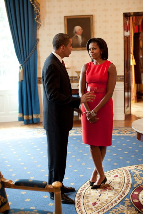 Ein Kamerateam von National Geographic hat den US-Präsidenten Barack Obama, l.und seine Familie (Michelle Obama, r.) fünf Monate lang begleitet. D... - Bildquelle: Pete Souza National Geographic Television International