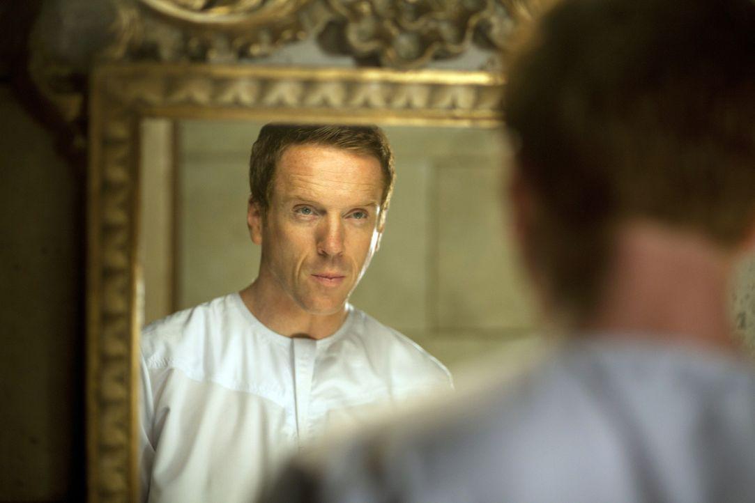 Sogar sein eigenes Spiegelbild weckt bei ihm verdrängte Erinnerungen: Nicholas Brody (Damian Lewis) ... - Bildquelle: 2011 Twentieth Century Fox Film Corporation. All rights reserved.
