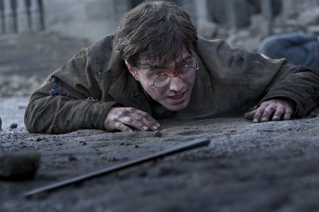 Das Ende ist Nah! In Hogwarts kommt es zum Showdown und unausweichlichen Duell zwischen Harry (Daniel Radcliffe) und Voldemort. Kann Harry den dunkl... - Bildquelle: Warner Bros. Entertainment Inc.