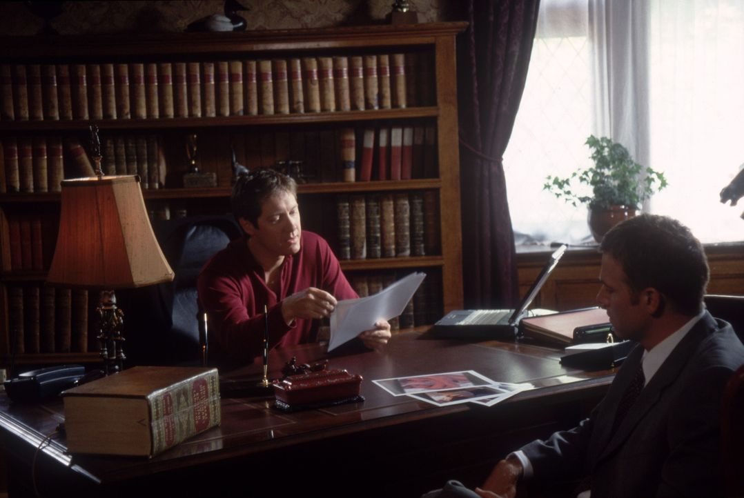 Harrison French (Matthew Davis, r.) sucht, nachdem er einen Mann überfahren hat, Hilfe bei William Ashbury (James Spader, l.). Doch wird er ihm helf... - Bildquelle: Nu Image Films