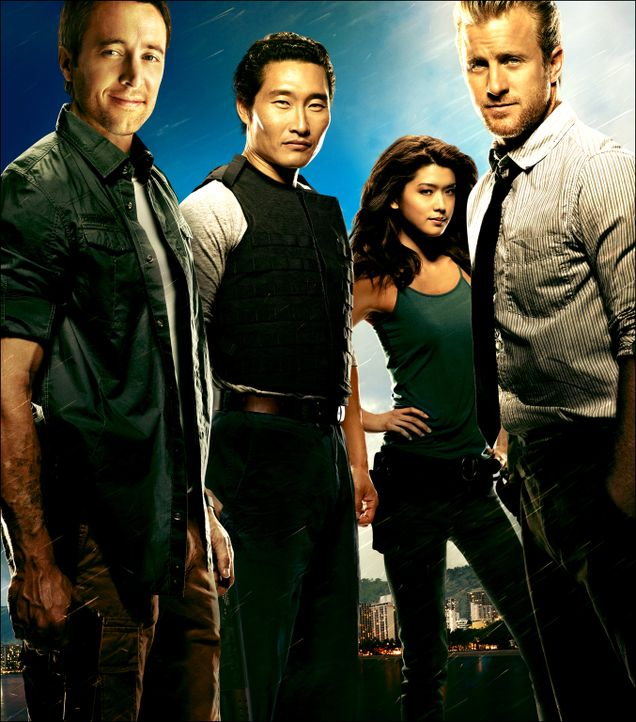 (2. Staffel) - Kämpfen gegen das organisierte Verbrechen auf den sonnenverwöhnten Stränden von Hawaii: Steve McGarrett (Alex O'Loughlin, l.),  Danny... - Bildquelle: TM &   CBS Studios Inc. All Rights Reserved.
