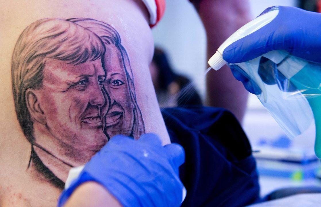 Tattoo6_dpa - Bildquelle: dpa