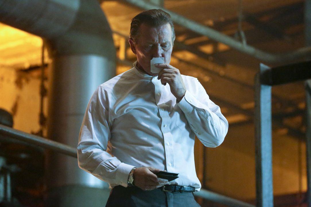 Wird Cabe (Robert Patrick) in dem Atomkraftwerk sterben, während er Los Angeles eigentlich vor einer Katastrophe bewahren will? - Bildquelle: Adam Taylor 2014 CBS Broadcasting, Inc. All Rights Reserved
